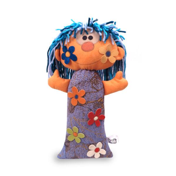 Česká ručně šitá hračka – Zimní panenka